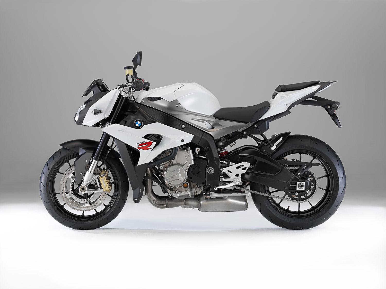 Una naked con motor KTM, CF-Moto podría tenerlo a punto