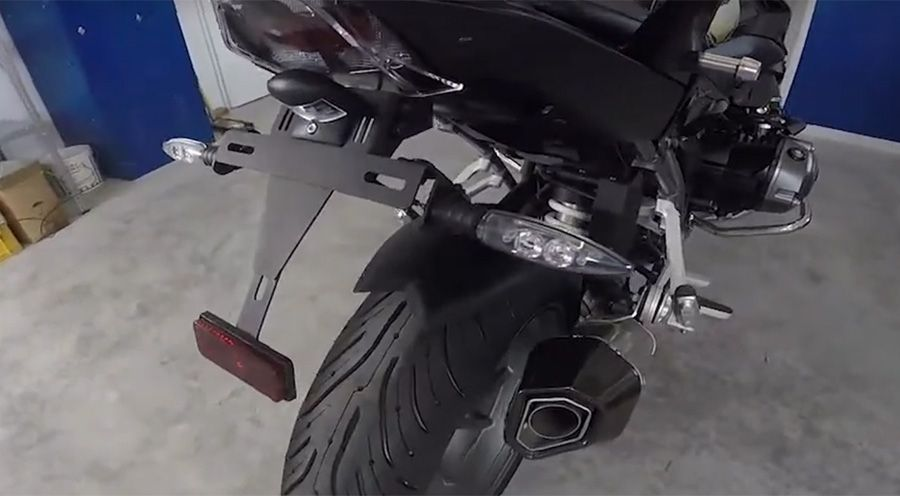 BMW R 1200 R, LC (2015-) Support de plaque d'immatriculation