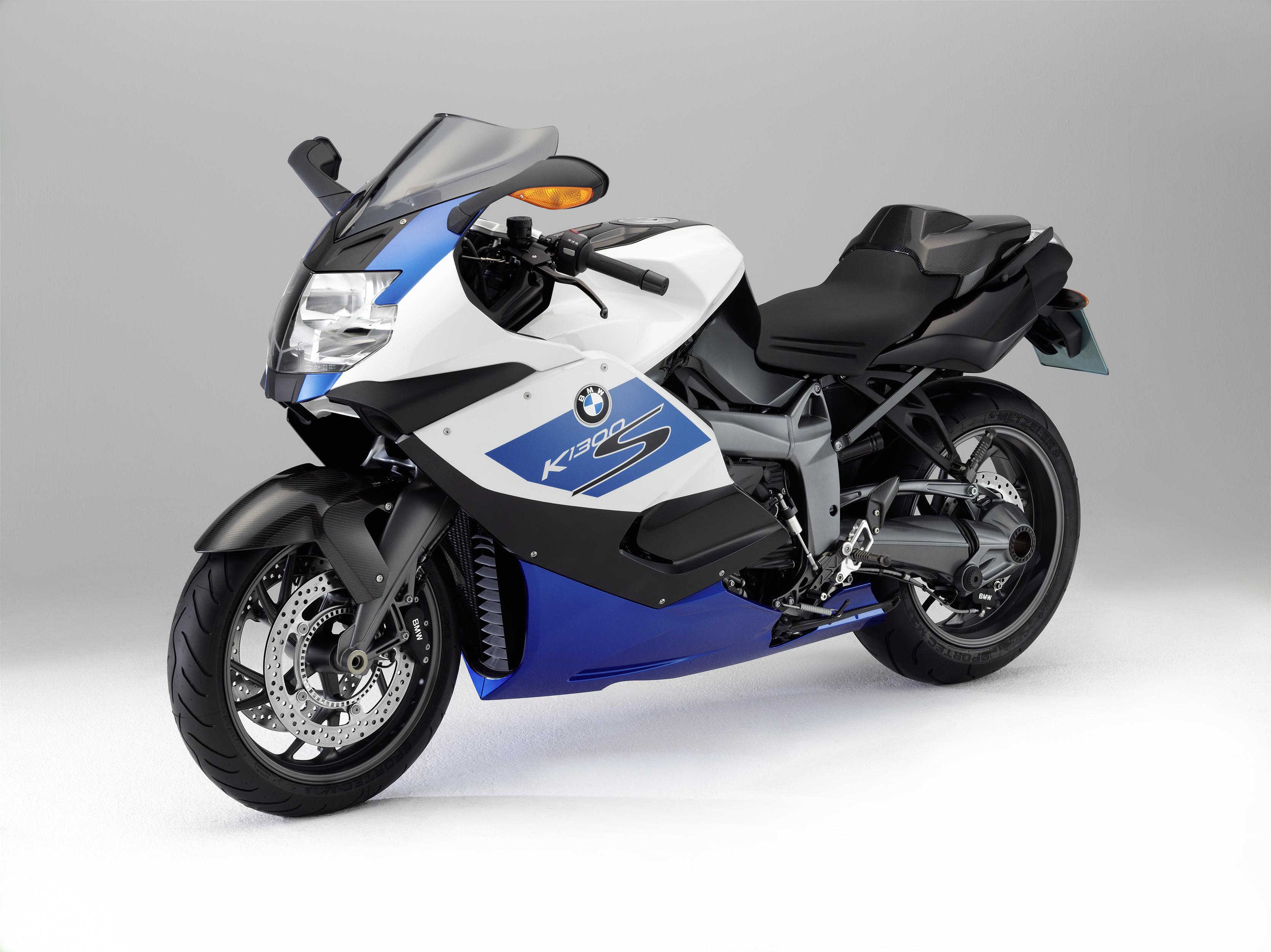 les nouvelles bmw k1300r et bmw k1300s mod les sp ciaux 2012 accessoires moto hornig. Black Bedroom Furniture Sets. Home Design Ideas