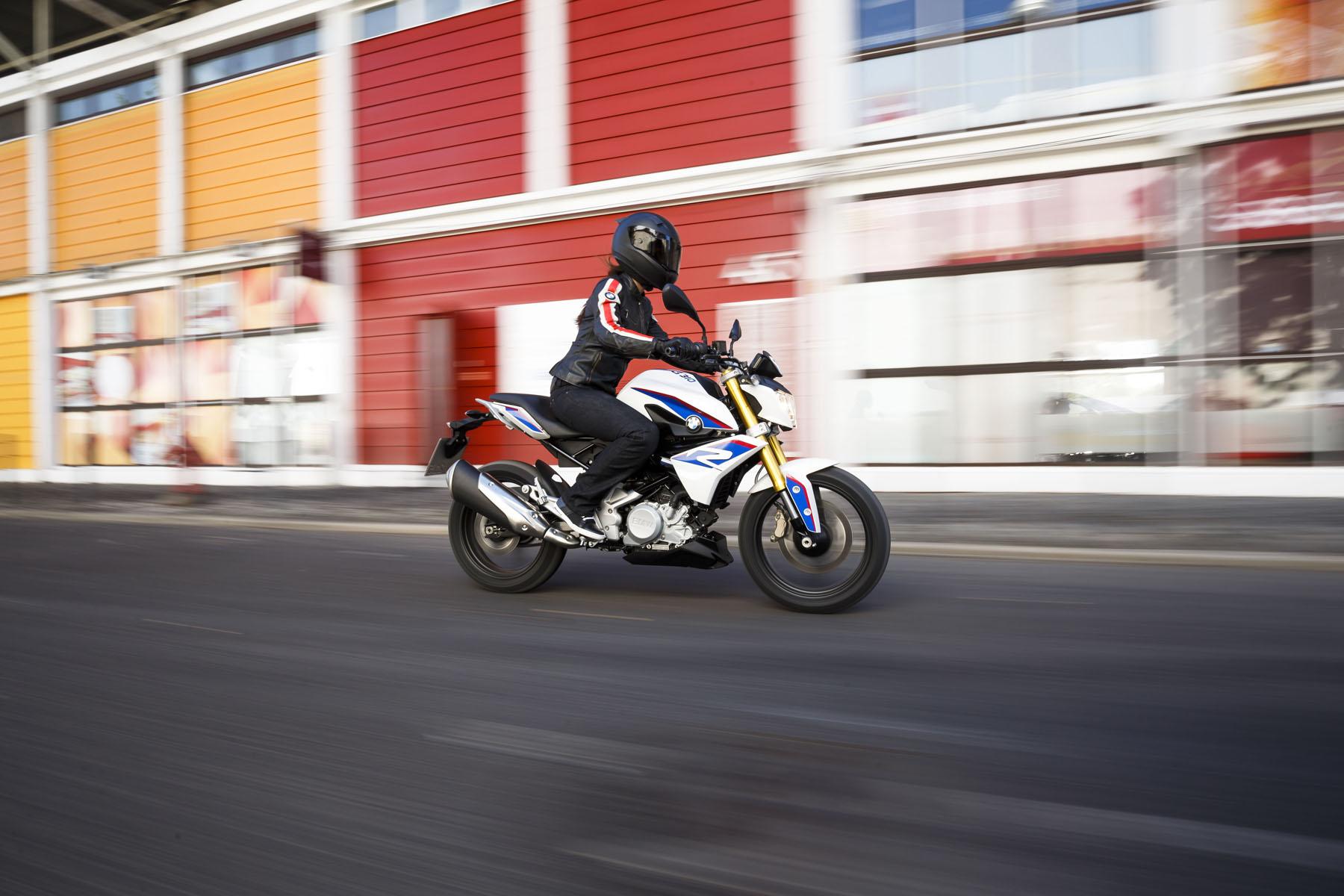 la nouvelle bmw g 310 r le premier bmw roadster sous 500 cc accessoires moto hornig. Black Bedroom Furniture Sets. Home Design Ideas
