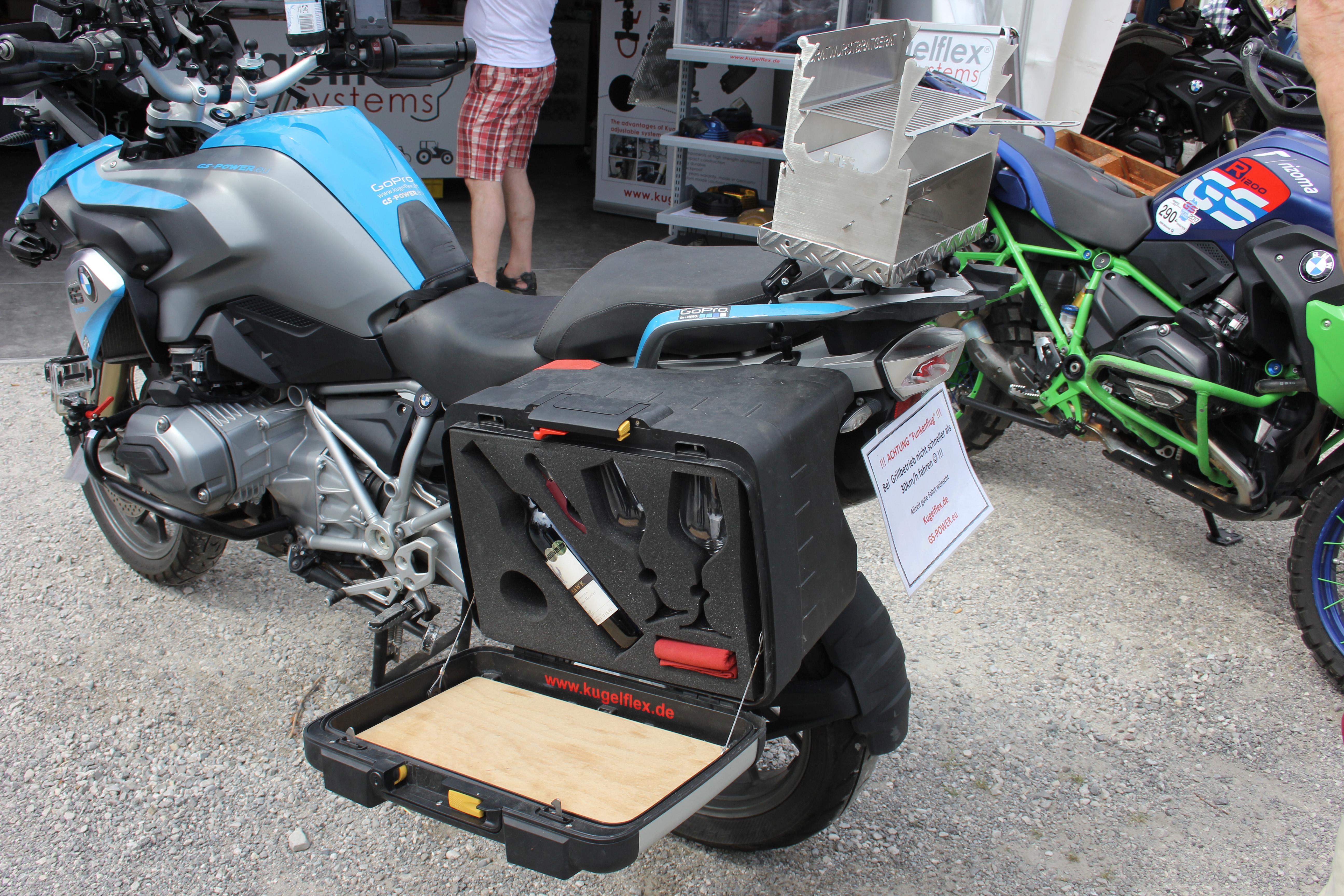 photos des bmw motorrad days 2017 plus que 40 000 visiteurs du monde entier accessoires moto. Black Bedroom Furniture Sets. Home Design Ideas