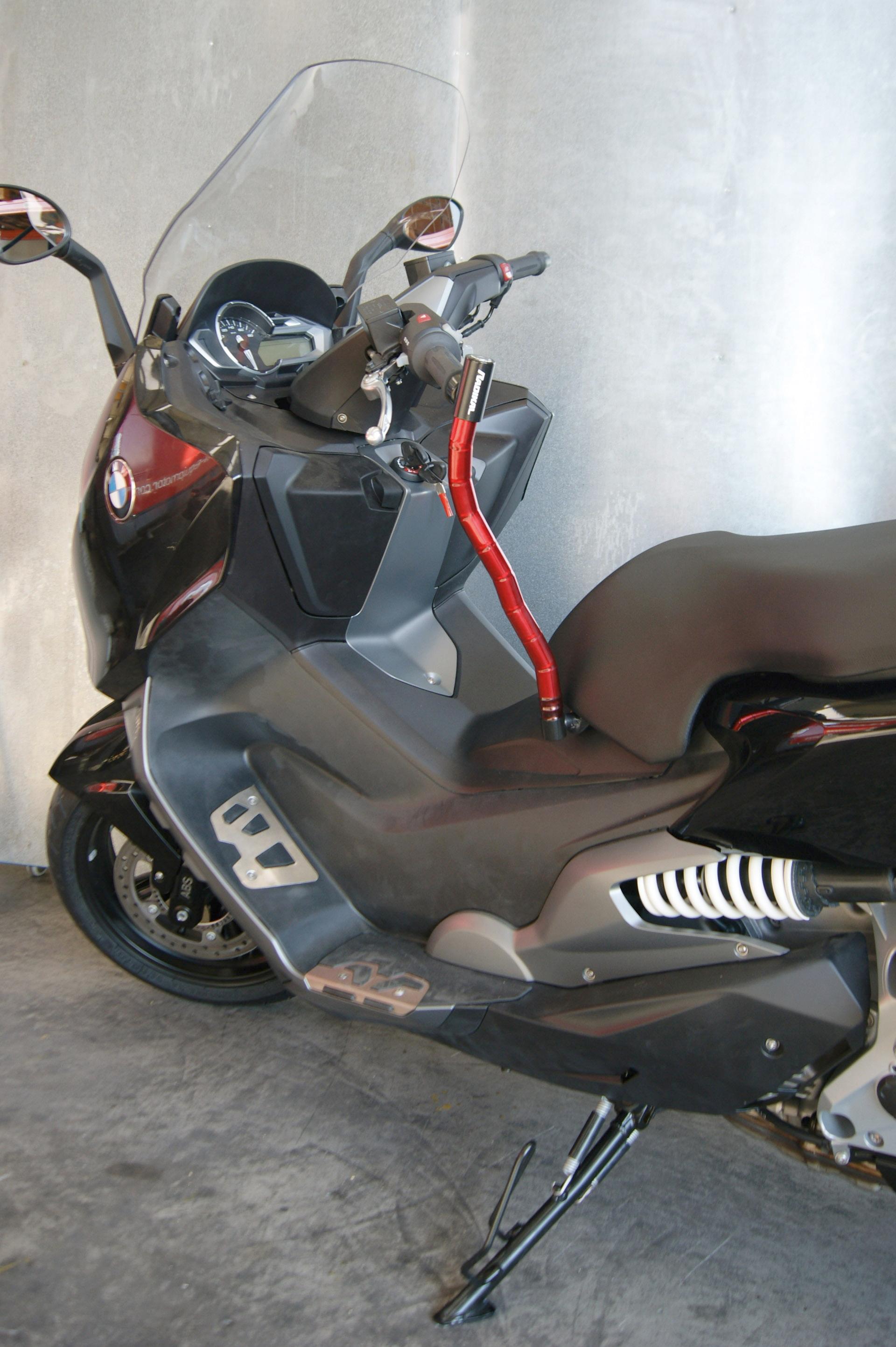 cadenas scooter et casque bmw c600sport pratique et s r accessoires moto hornig accessoire. Black Bedroom Furniture Sets. Home Design Ideas